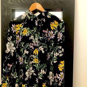 Pretty floral blouse